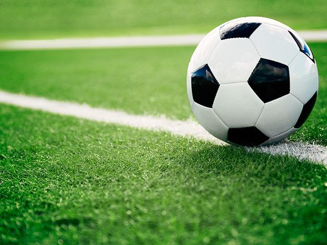 https://tenntech.ca/wp-content/uploads/2018/04/soccer-1.jpg